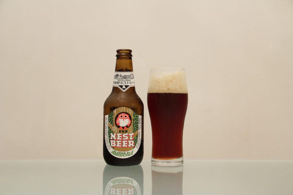 常陸野ネストビール「アンバーエール」とグラス