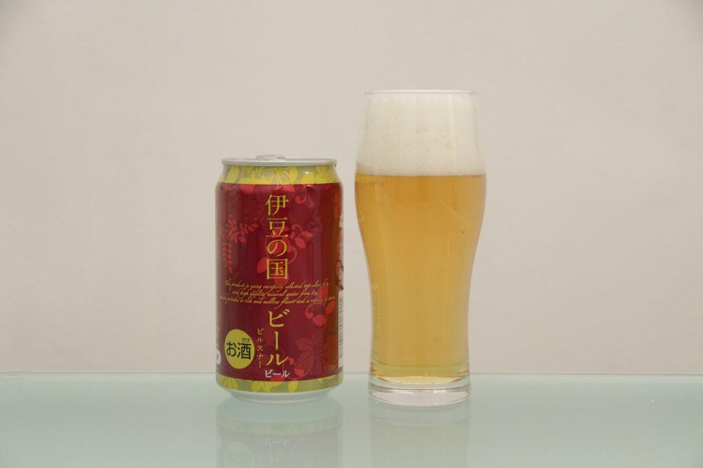 伊豆の国ビール「ピルスナー」とグラス